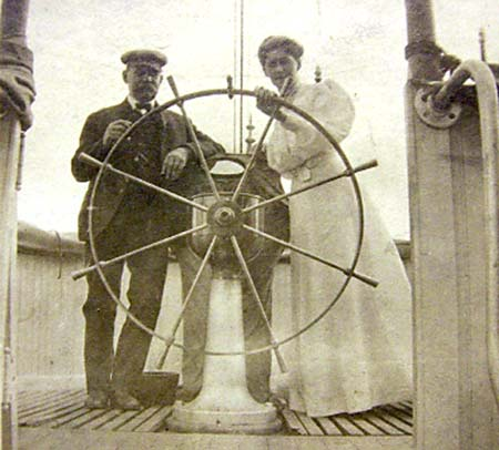 Captain Johan Fredrik Ahlstrom and his wife Louise Jacobson.